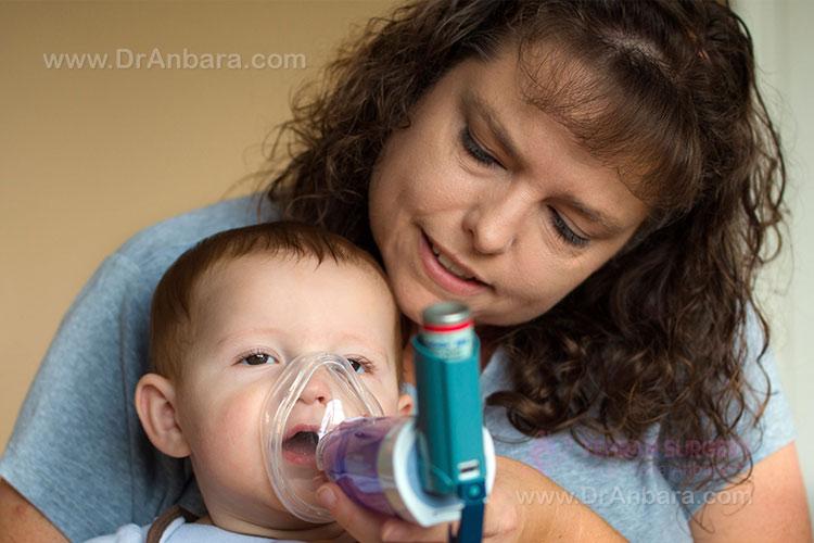 تصویر یک کودک مبتلا به آسم