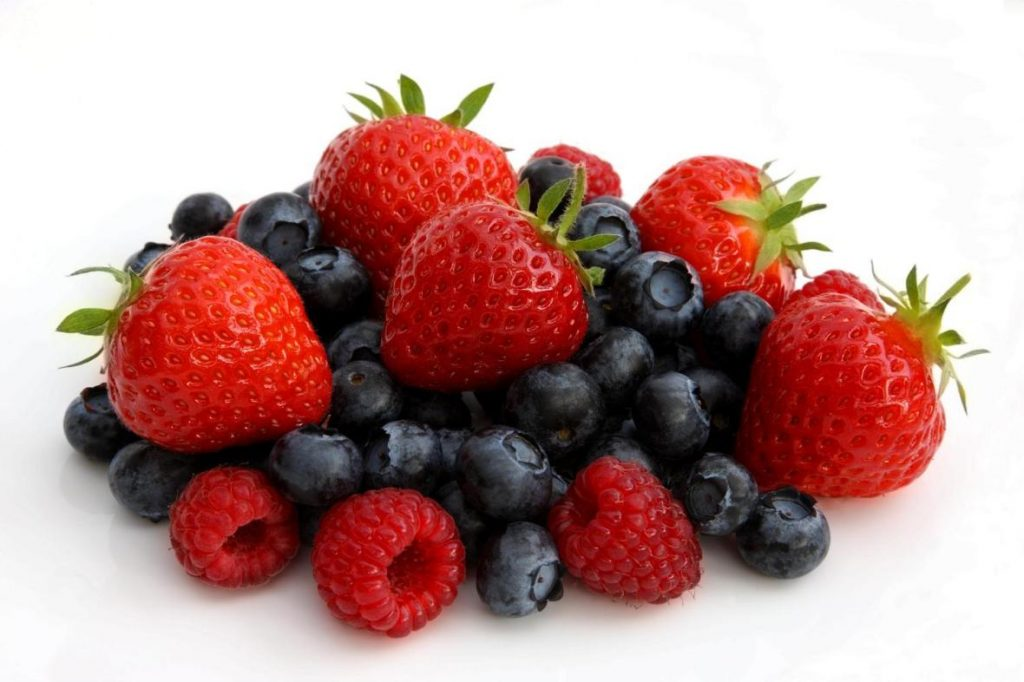 میوه برای لاغری - توت برای لاغری