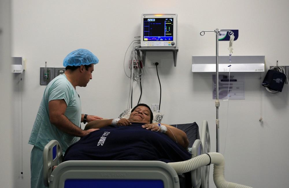 بستری شدن در بیمارستان و هزینه پیچیدگی های عمل اسلیو معده